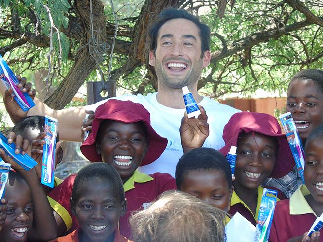Sonrisas Zimbabue 2014 Grupo PerioCentrum