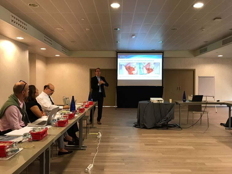 Participación del Dr. Vignoletti en congresos y equipos de investigación internacionales