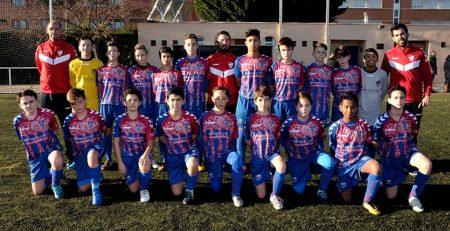 Nueva equipación del equipo patrocinado por PerioCentrum Segovia