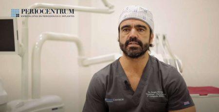 Regeneración de hueso para tratamiento con implantes